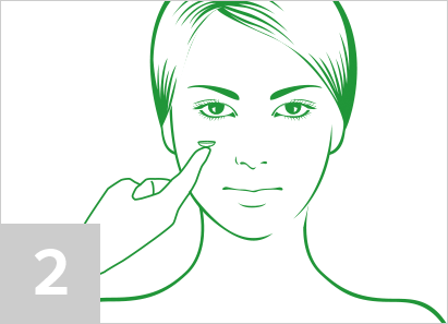 Step 2: How to put in contact lenses
